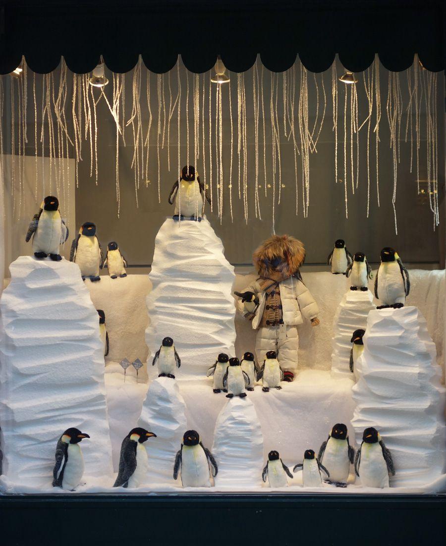 No l baby tuileries windows paris rue saint honor for Decoration exterieur hiver