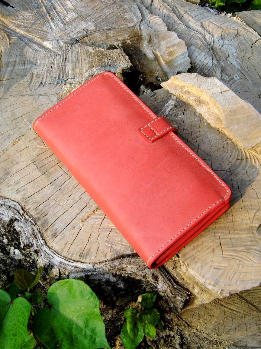 Packwonder Full grain cowhide leather wallet purse card holder | pig leather lining | cellphone fit in | ready to ship | PayPal | guarantee | DIY crafts handmade in HongKong | inquiry hk66988328@gmail.com or Hangouts