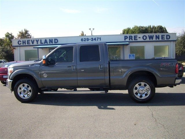 2014 Ford F-250 Super Duty Lariat Crew Cab 6.8ft Bed 4WD - $51,054