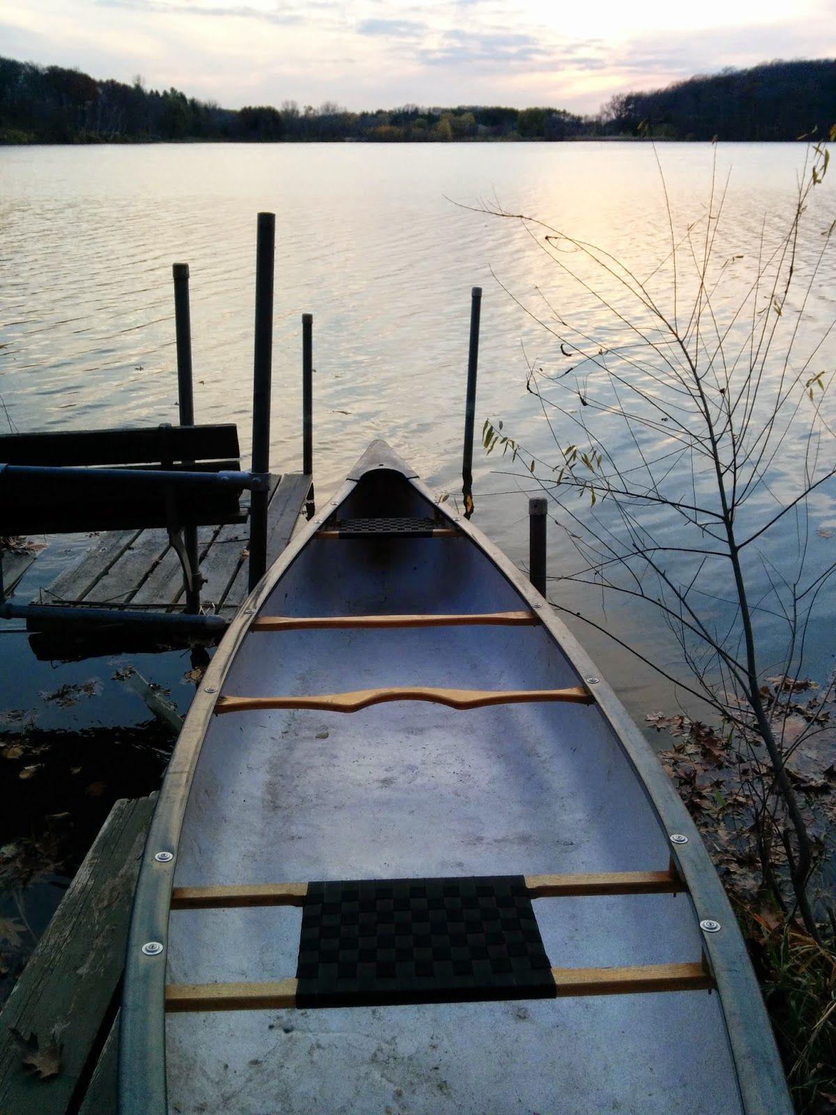 Buildin Projects Canoe Seat Replacement Using Woven Polypro Webbing Canoe Seats Canoe Canoe Gear