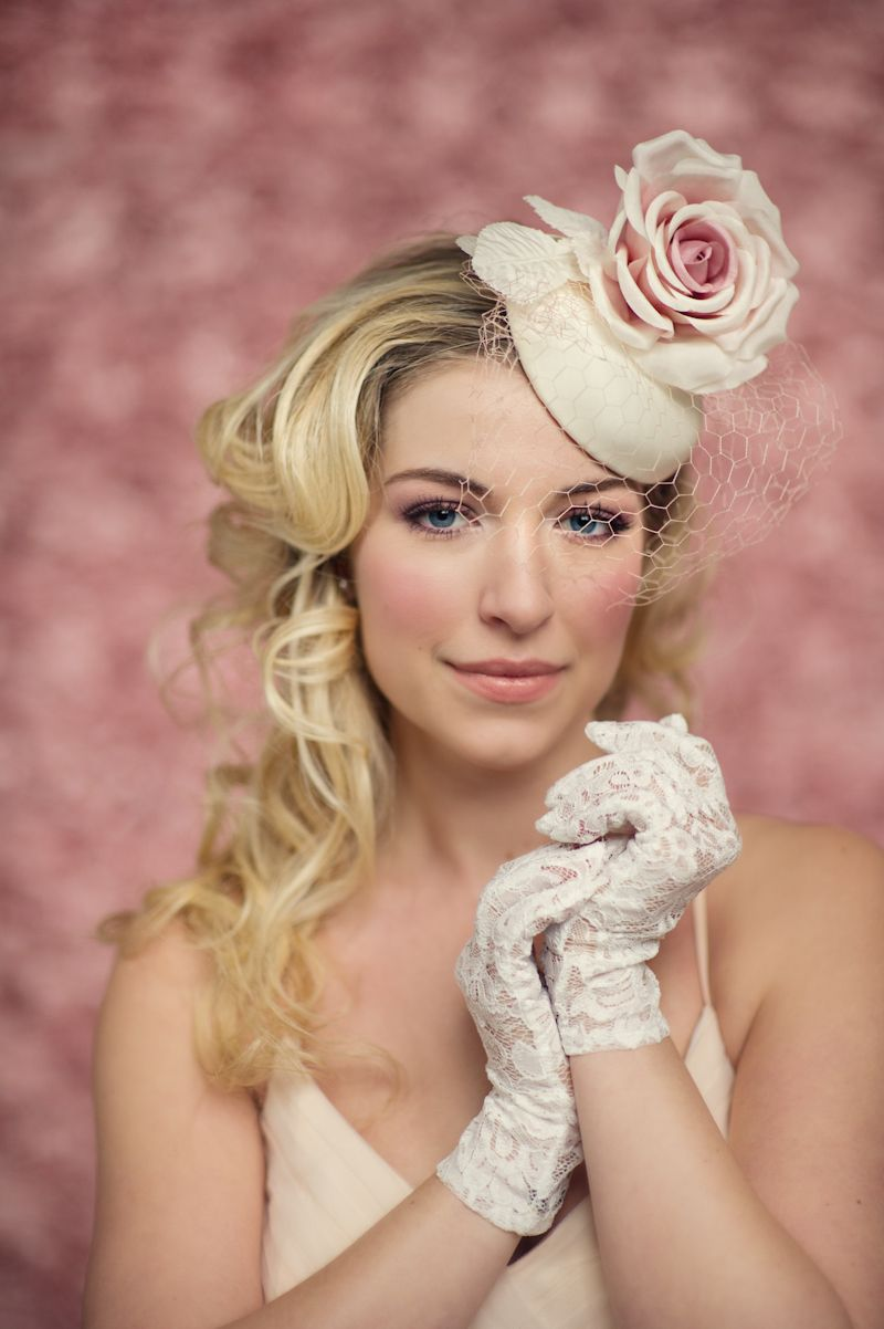Sweet mini pillbox hat with pink rose  d7e13382d04c