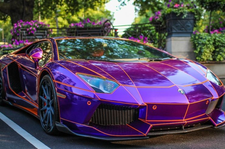 Color changing paint technology on this Lambo. Plethora