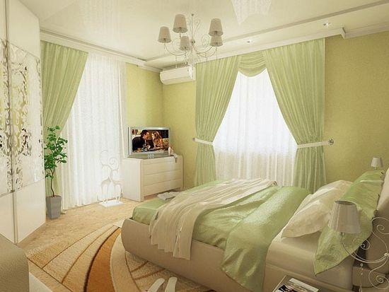 Нежная спальня в бежево-зеленых тонах