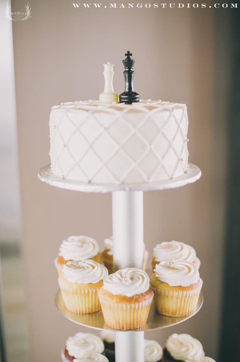 Caketopper   CAKE YUMMY   Pinterest   Chess, Weddings and Holiday ...