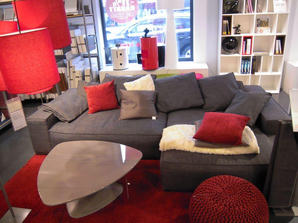 Sofa grau im Raum (mit Bildern)   Graues sofa, Sofa ...