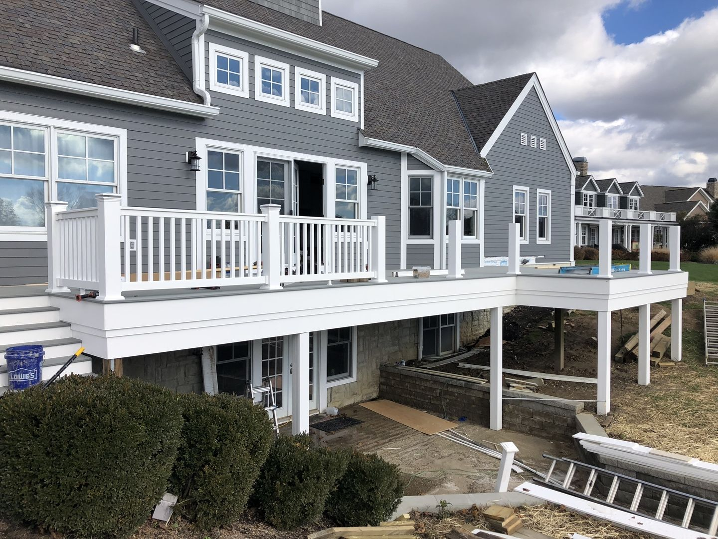 Best Durables Offers The Harrington Premium Vinyl Railing System For A Classy And Safe Statement On 400 x 300