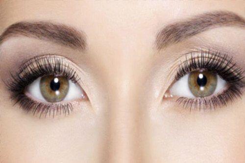 Usages du bicarbonate de soude sur notre peau et nos cheveux - Améliore ta Santé