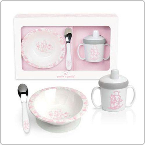 Menage. Vajillas Toile en Rosa, Azul y Gris, especialmente pensadas para cuando tu bebé empieza a comer.