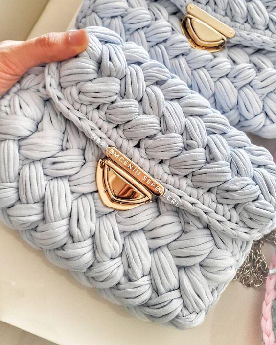 662 Me gusta, 6 comentarios - Crochet Artist (@meryemceninsepetleri) en Instagram: HSssstt fıstık . . . . . . . . #penyeip#penyesepet#penyeorgu#orgu… #crochetedheadbands