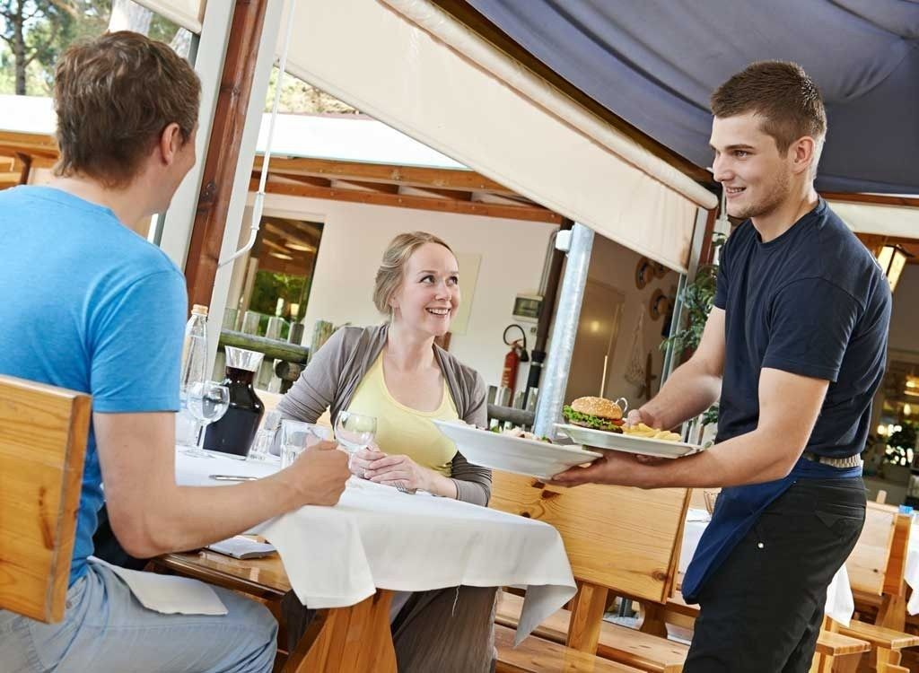 What does a Restaurant Supervisor do? (with pictures)   Corporate ...