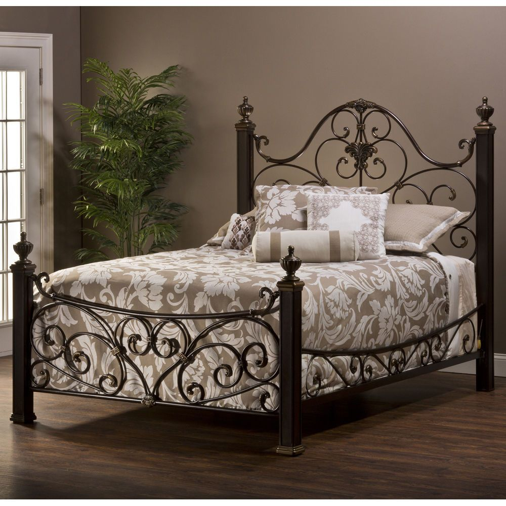 New Aged Antique Gold Mickelson Victorian Style Queen Size Bed