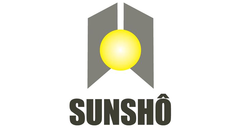 SunShô. Cette mini-entreprise présente un petit objet bien utile qui vous permettra de recharger votre gsm à l'aide de la lumière solaire maisd également artificielle. https://www.facebook.com/sunsho.kaeres