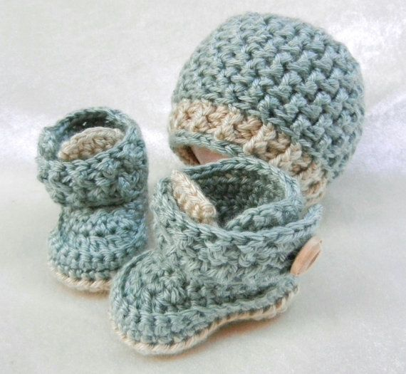 04463bc75 Crochet Baby Boy Hat and Booties Set
