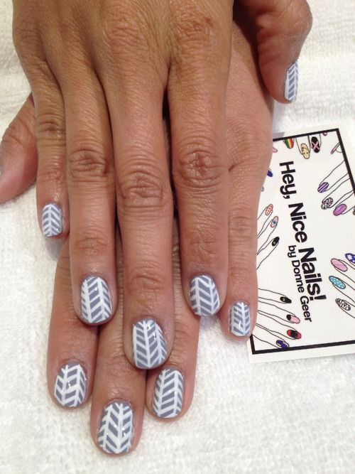 herringbone nails Sign up for the #NailArtSociety for $9.95/mo. We ...
