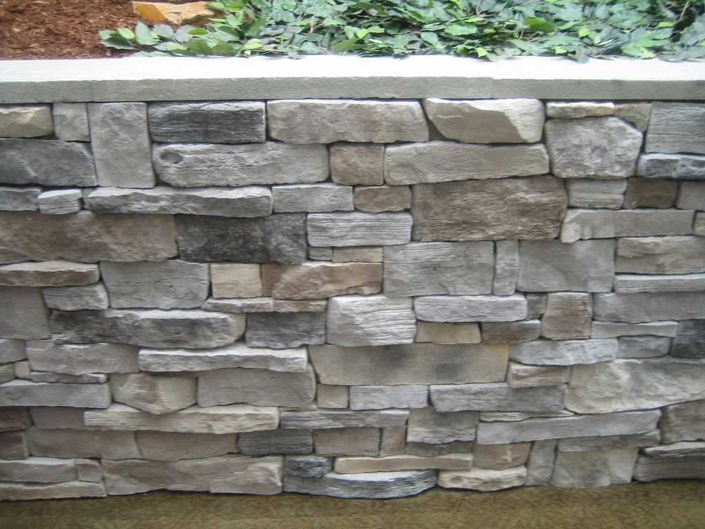Veneer Stone Retaining Wall Stone Retaining Wall Retaining Wall Stone Exterior Houses