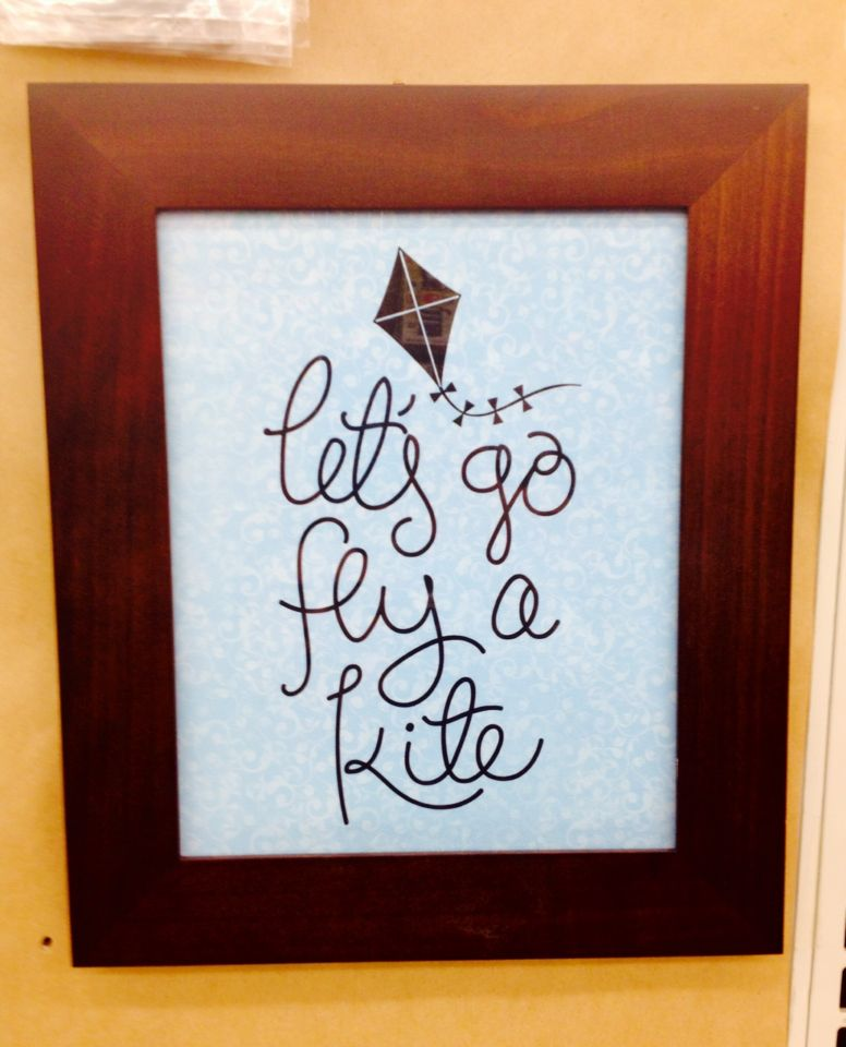 Let's fly a kite vinyl on a cute frame. A super easy craft.