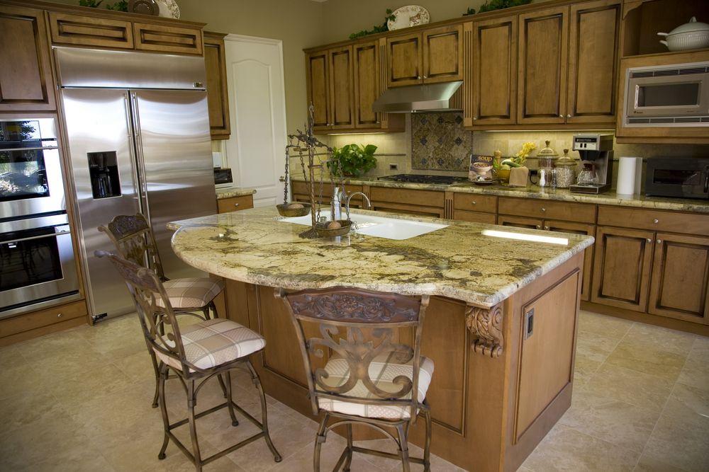 48 Expert Kitchen Design Tips By 16 Top Kitchen Designers Custom Kitchens Design Kitchen Design Trendy Kitchen Tile