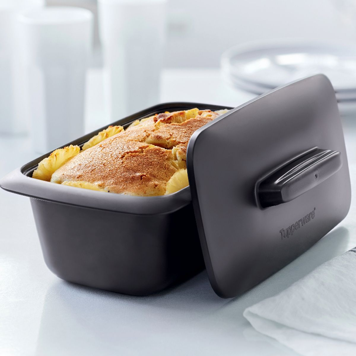 We Re Baking With Tupperware Today The Ultrapro Loaf Pan