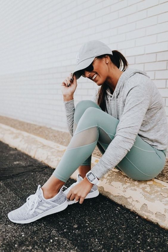 1557db20fdd 20 Stylish Sport Outfits To Inspire You