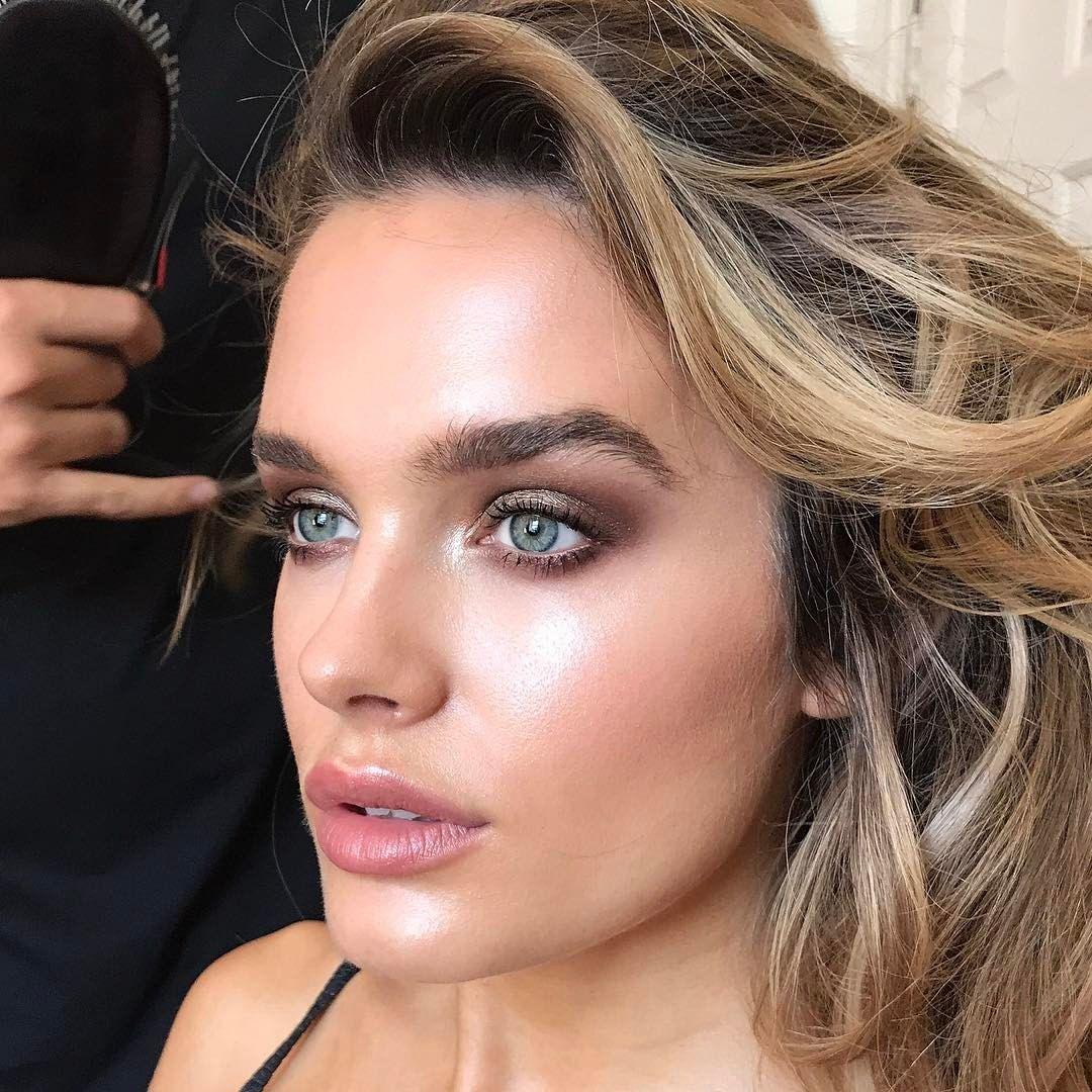 Chloe lloyd beautiful fresh skin makeup by sarah