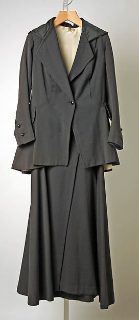Suit Design House: Callot Soeurs  (French, active 1895–1937) Date: 1915–17 Culture: French Medium: wool. Front