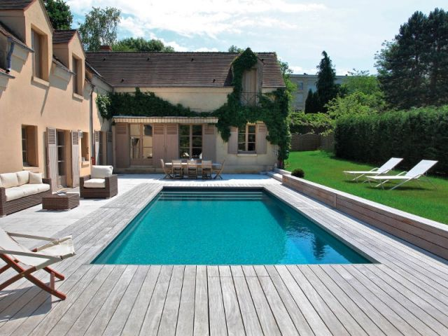 Captivating Une Piscine Familiale Entre Bois Et Pierre Naturelle | Dream Pools, Swimming  Pools And Garden