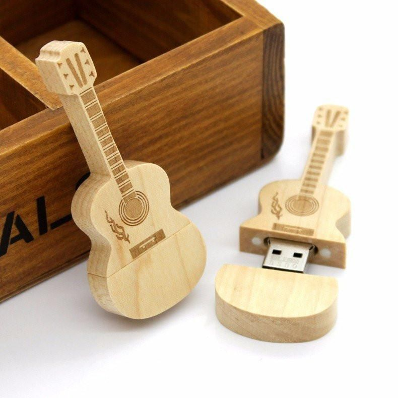 Unique Guitar Gift For Him Or Anyone Who Loves Guitars The Wooden Usb Guitar Is A Cool Gift Every Guitar Player Will Love Guitar Usb Guitar Gifts Usb Design