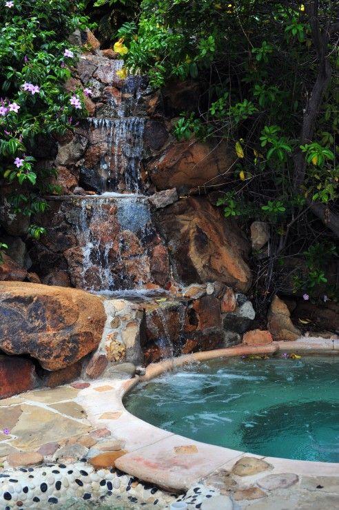 waterfall pool Waterbaby Pinterest Piscines, Piscines de rêve