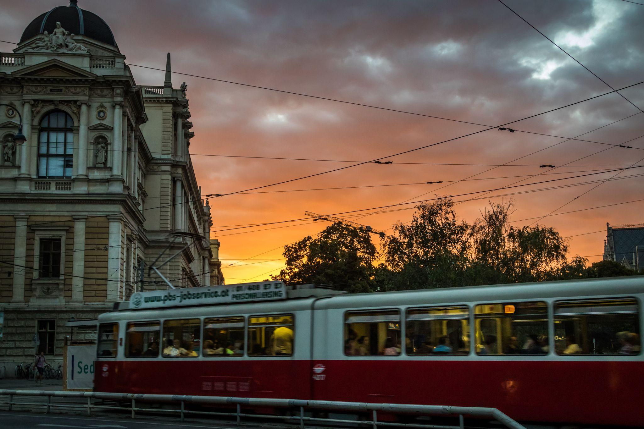 Sunset Schotten Ring - Wien - Photo : Renaud Cornu-Emieux