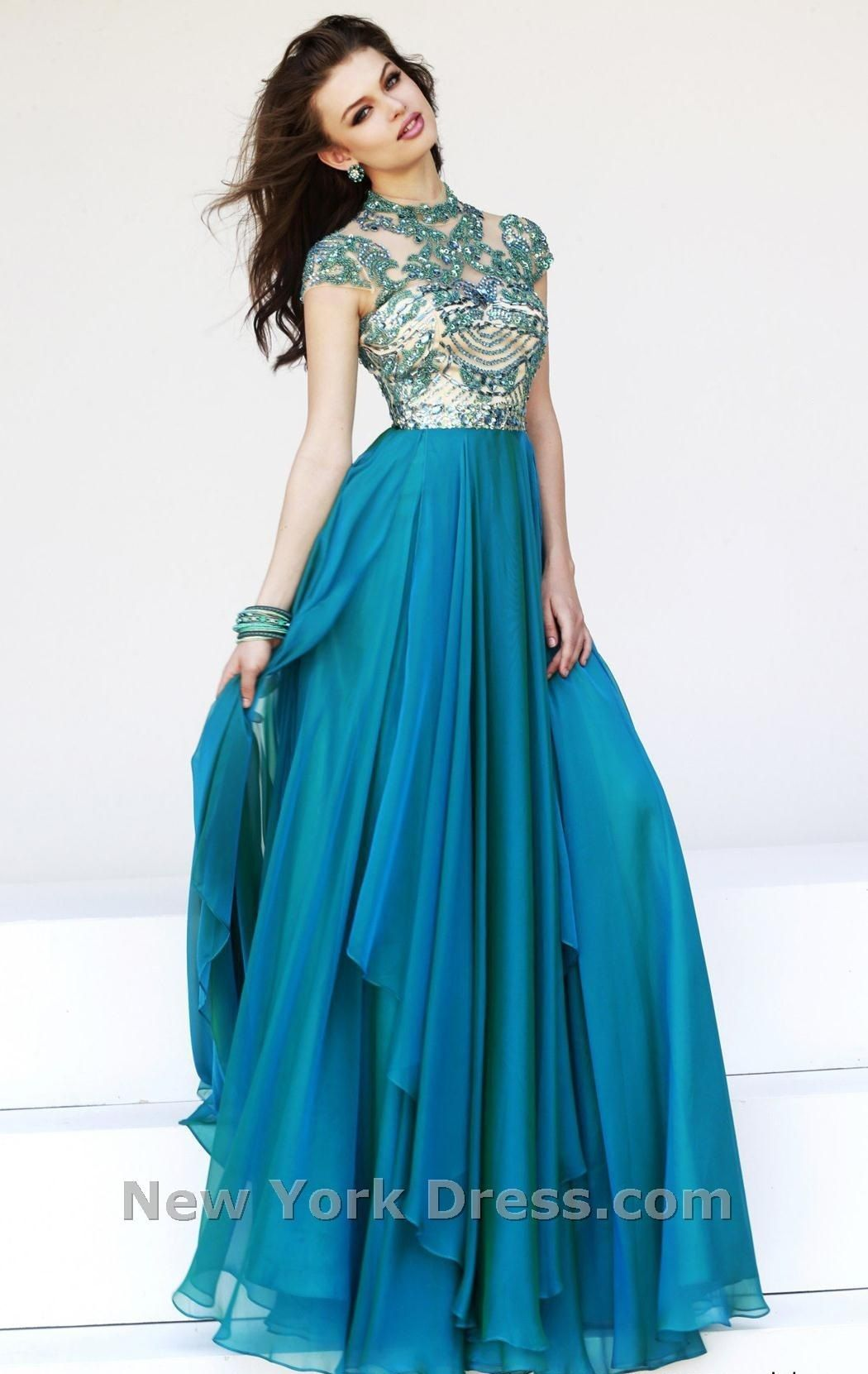 d11777dc70202 Sherri Hill prom and pageant dresses for those who really want to showcase  elegance