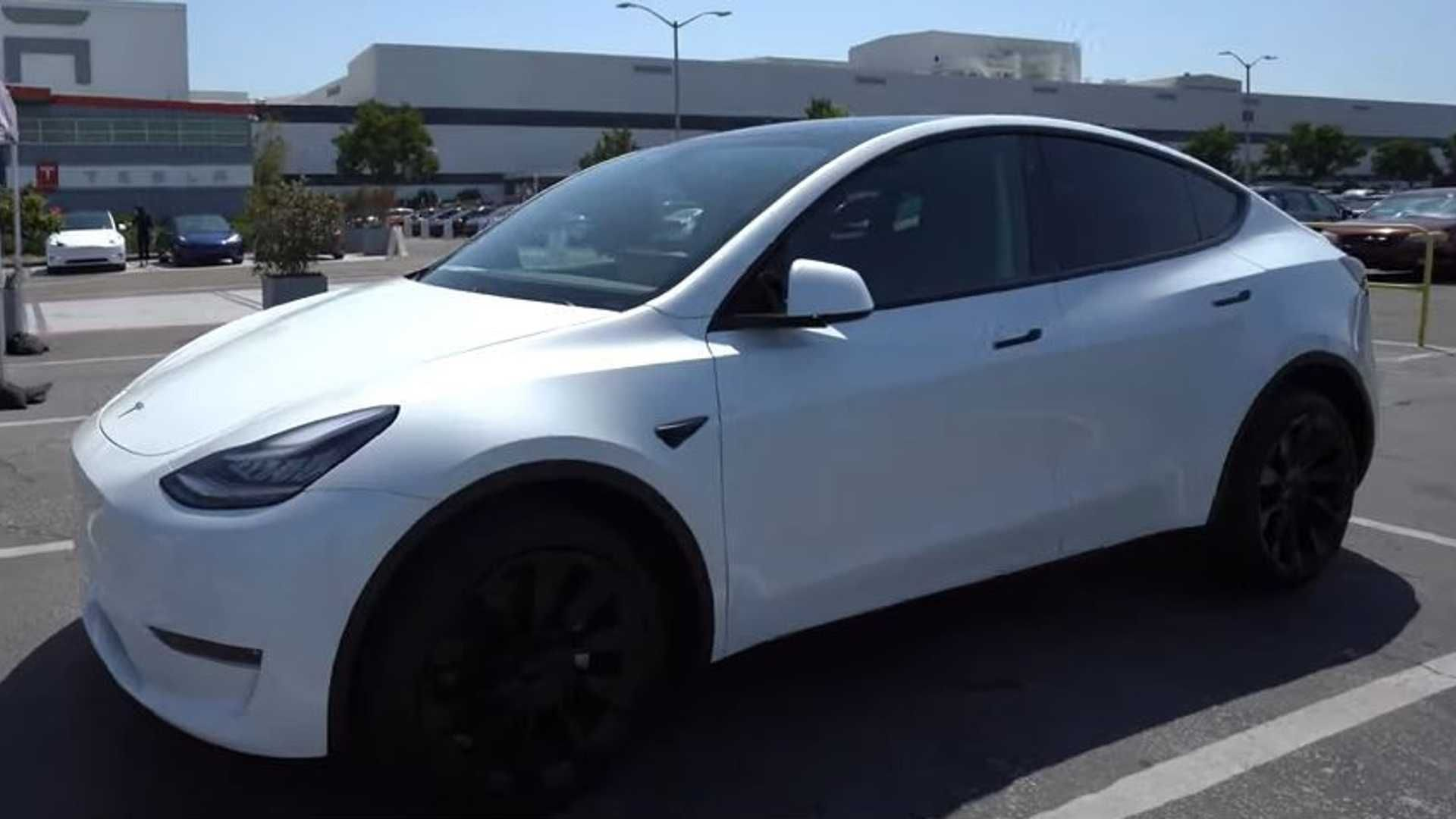 Tesla Seems To Be Plagued With Quality And Fit And Finish Issues However Many Model Ys Seem Just Fine Maybe Consistency Is The Tesla Tesla Model Dream Cars