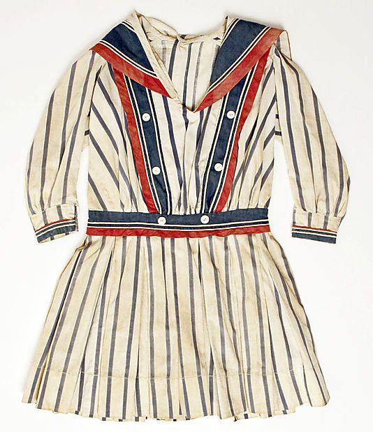 Child's dress, ca. 1910.