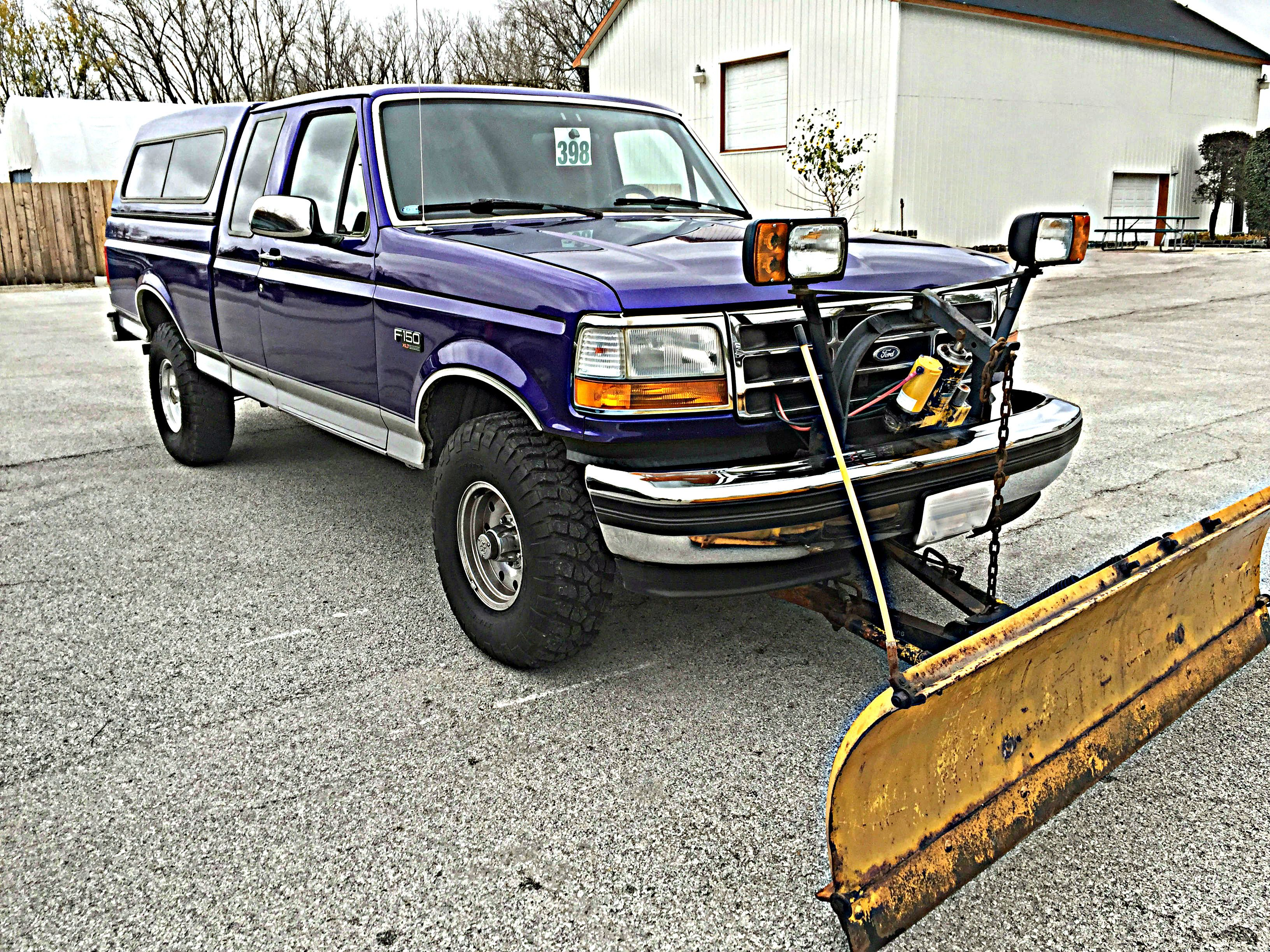 Awesome Paint Job On This F150 With A Meyer Plow Attached Monster Trucks Paint Job Snow Plow
