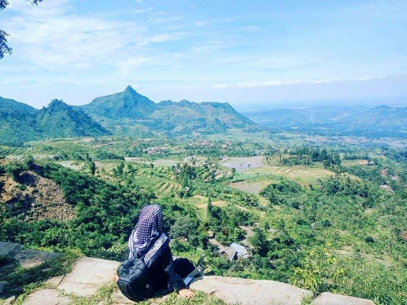 19 Pemandangan Indah Tasikmalaya 20 Tempat Wisata Tersembunyi Di Tasikmalaya Yang Tak Boleh Download 20 Tempat Wisata Tersembunyi Di 2020 Pemandangan Gambar Alam