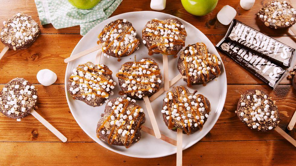 S'mores Apples Pops Recipe Apple pop, Dessert recipes