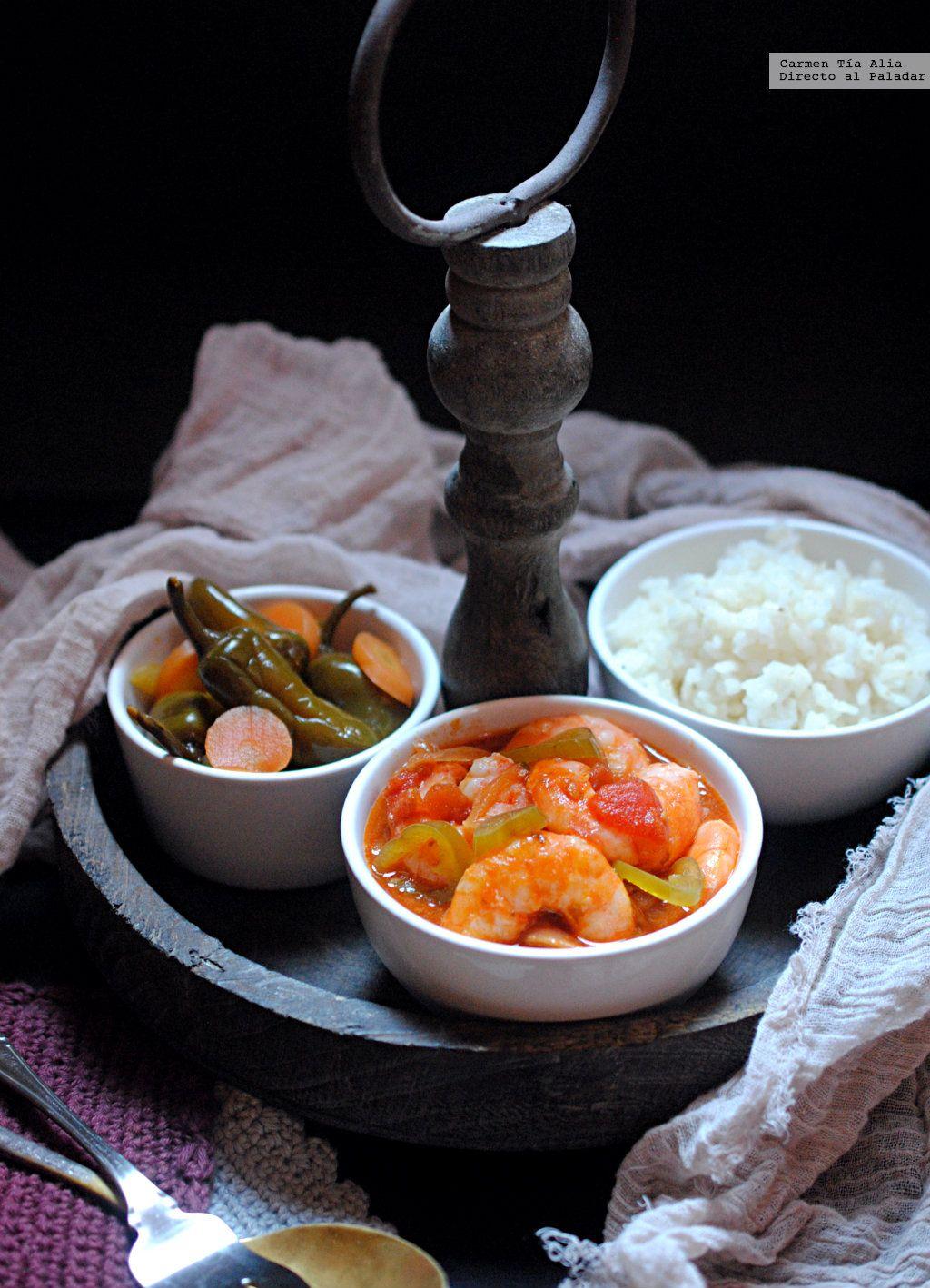 Langostinos en salsa de tomate, cilantro y chile. Receta para mojar ...