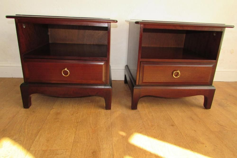 Vintage Pair Of Stag Minstrel Bedside Tables / Cabinets With Drawer (2  Matching)
