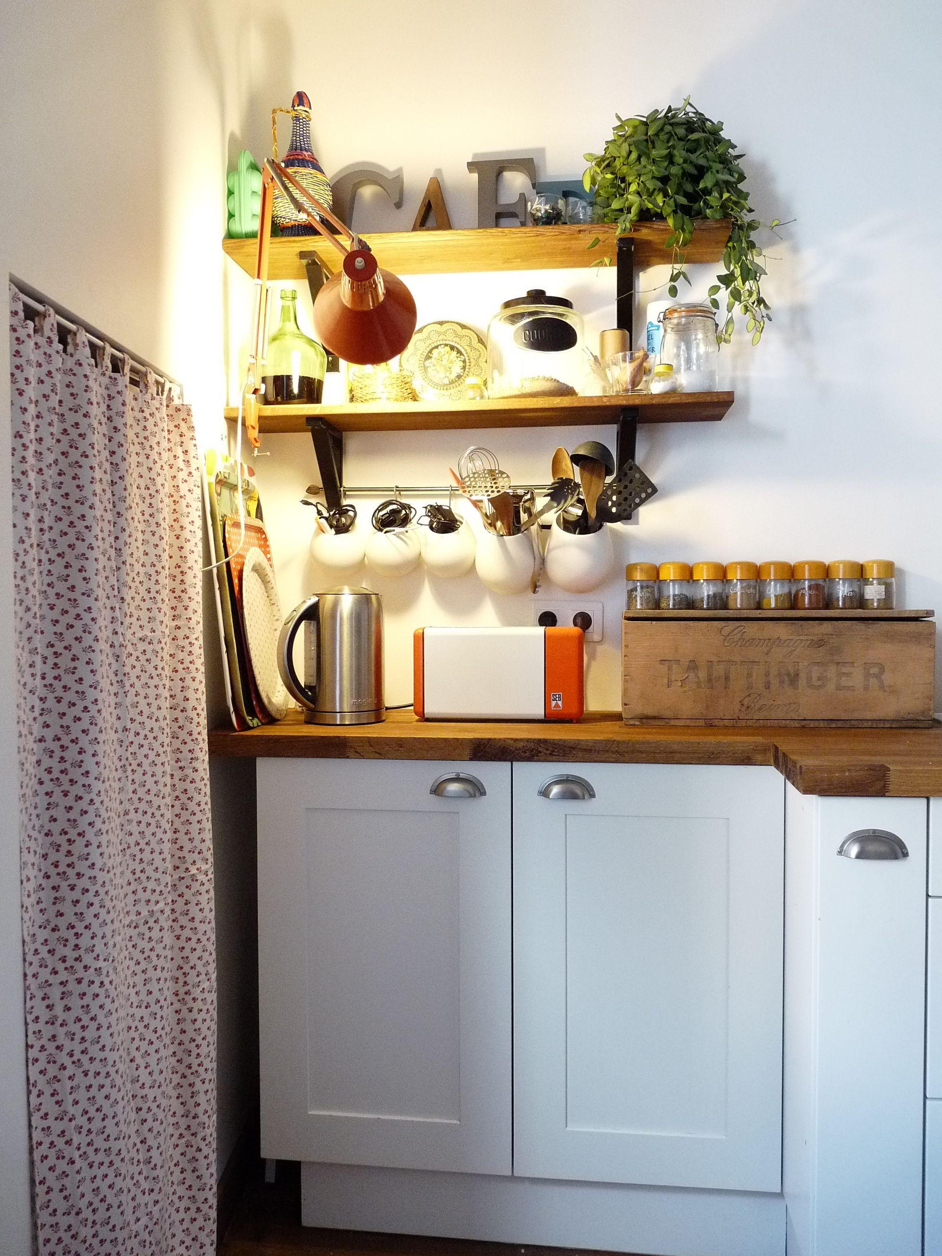 pingl par agence capetcimepr sur fou de cuisines pinterest cuisinella tag res en bois. Black Bedroom Furniture Sets. Home Design Ideas