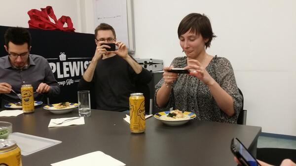 Essen, interessante Gespräche, Dessert, Networking & a lot of fun! Das waren die Ingredienzien der Lovestory zwischen Wienblogger & Simplewish