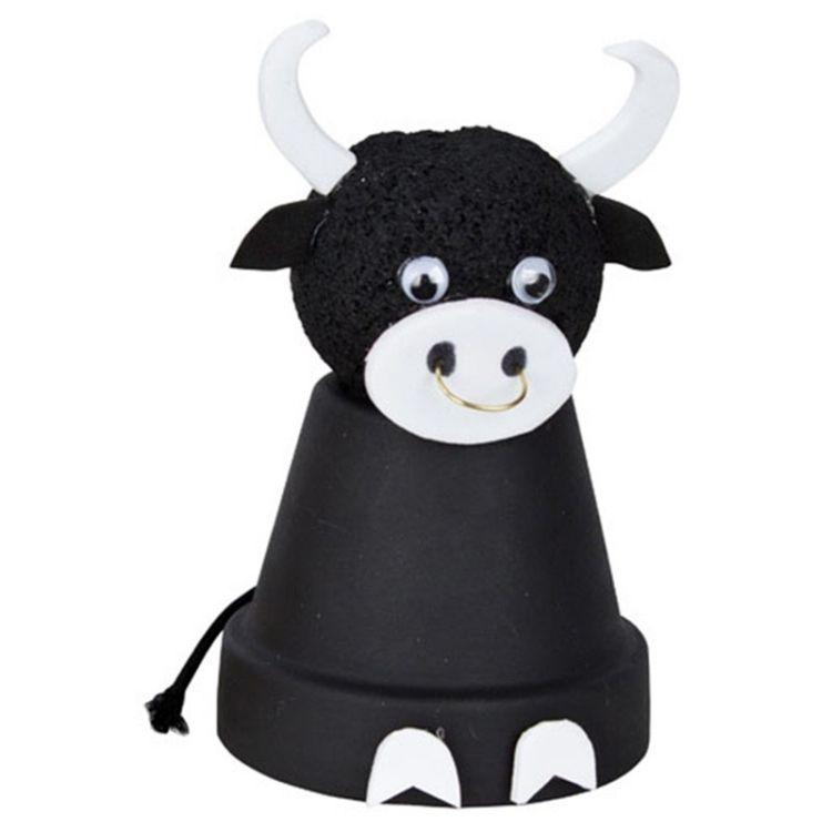schwarze kuh figur aus tont pfen bricolage pinterest tont pfe kuh und figuren. Black Bedroom Furniture Sets. Home Design Ideas