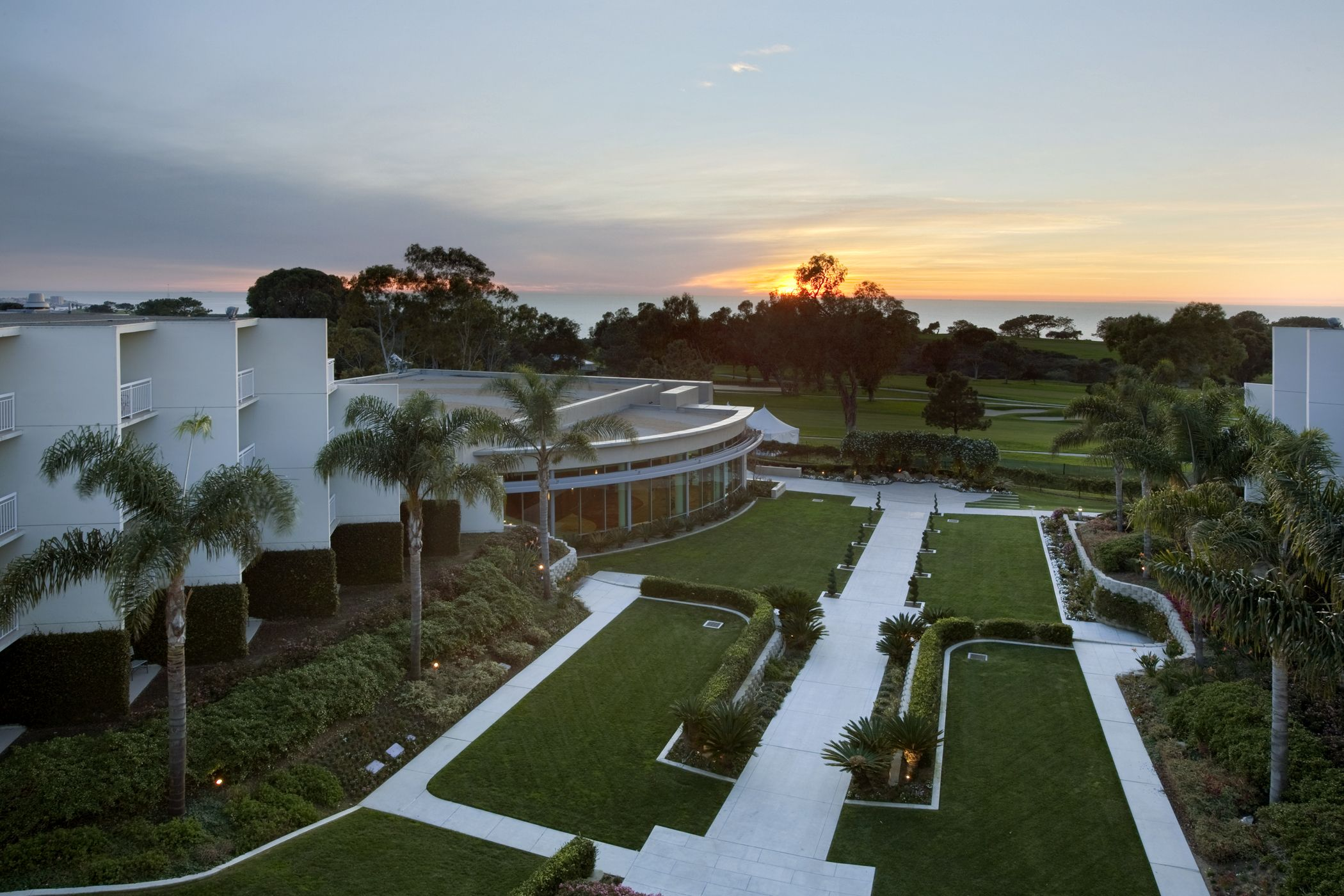 Host Your Special Event On Fairway Garden At Sunset With Images