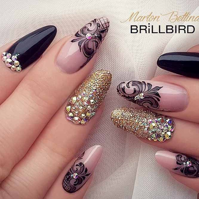 21 Trendy Acrylic Nail Designs You Ll Love Cute Nails With Lace Print