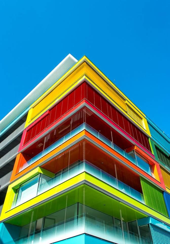 colored floors colorstory color story pinterest architecture architecture contemporaine. Black Bedroom Furniture Sets. Home Design Ideas