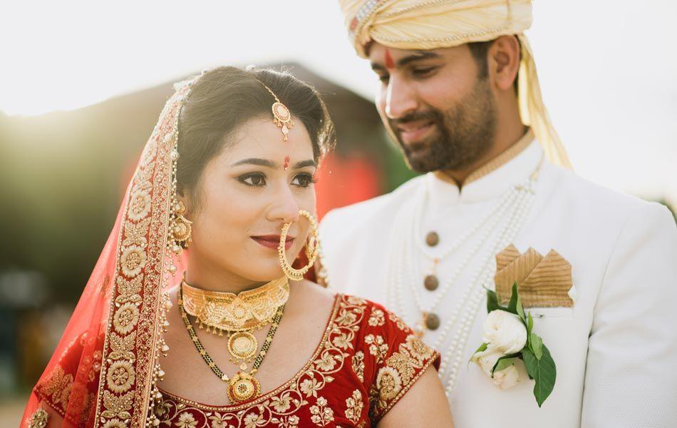Punam And Mukesh Indian Wedding Bali Wedding Indian Wedding Ceremony Indian Wedding Bali Wedding