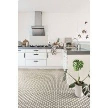 Kitchen With Victorian Ceramic Tile Effect Cushion Vinyl Flooring - Cushioned vinyl flooring for kitchens