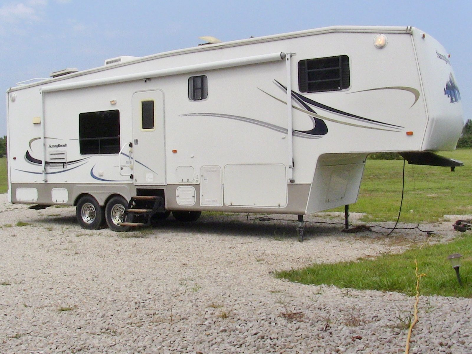 2004 Sunnybrook Titan 30rk Fifth Wheel Sold Check Out Walk
