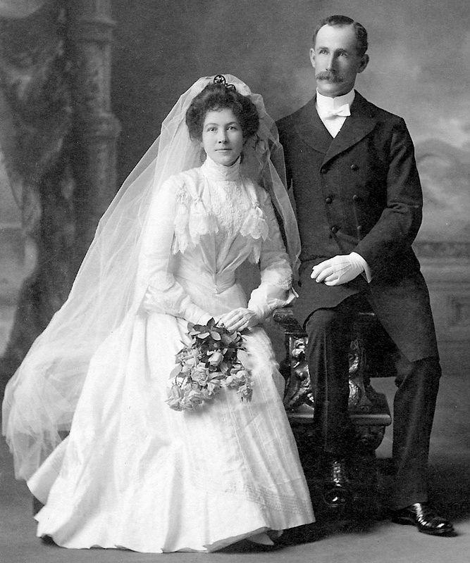 1900 S Newlyweds Vintage Bride Wedding Gowns Vintage Vintage Wedding