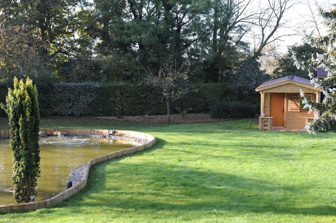 Maisonelle en bois certifié PEFC dans le jardin d'un client de l'Oise.