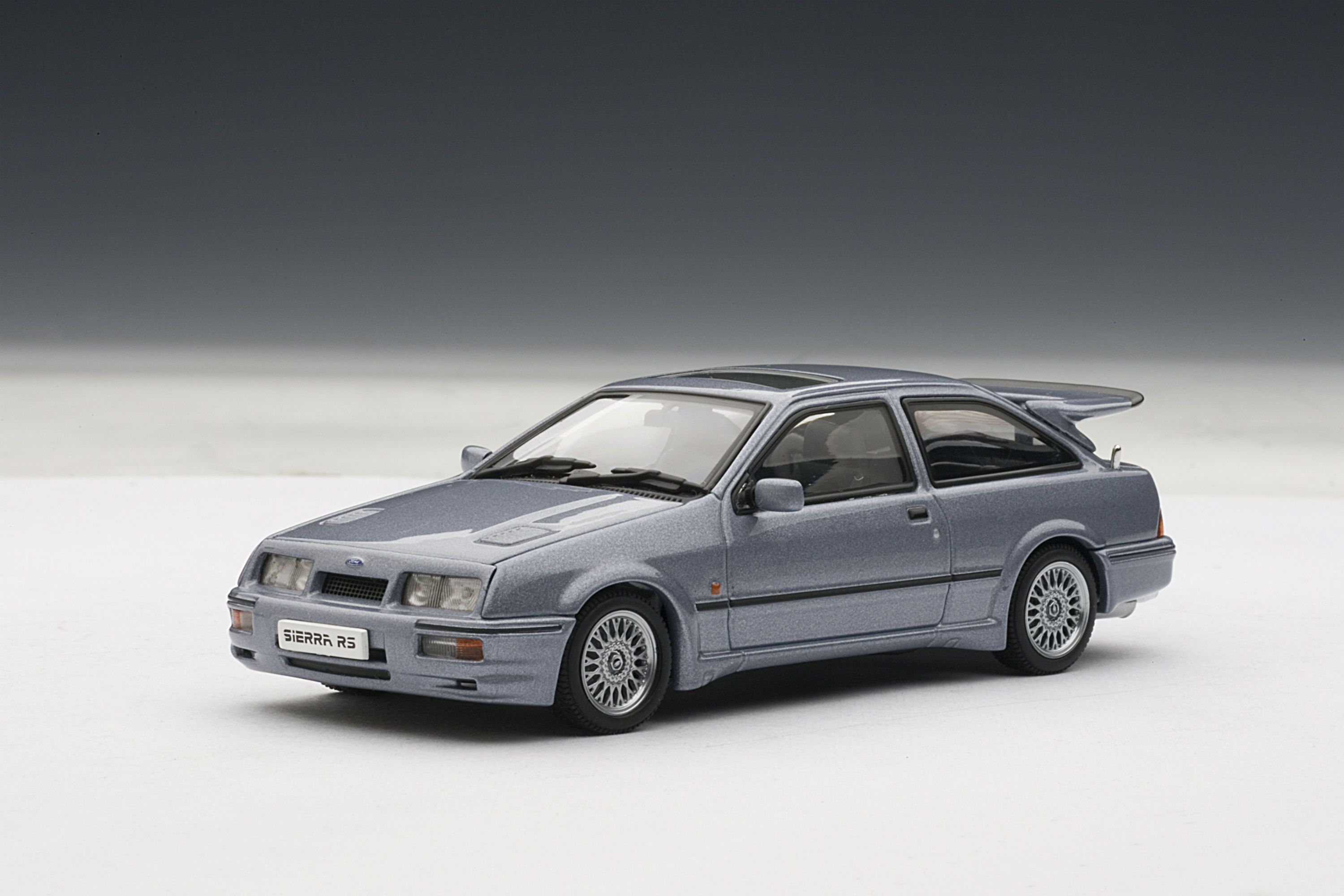 Ford Sierra Rs500 Cosworth 1 43 Scale Diecast Model Car By