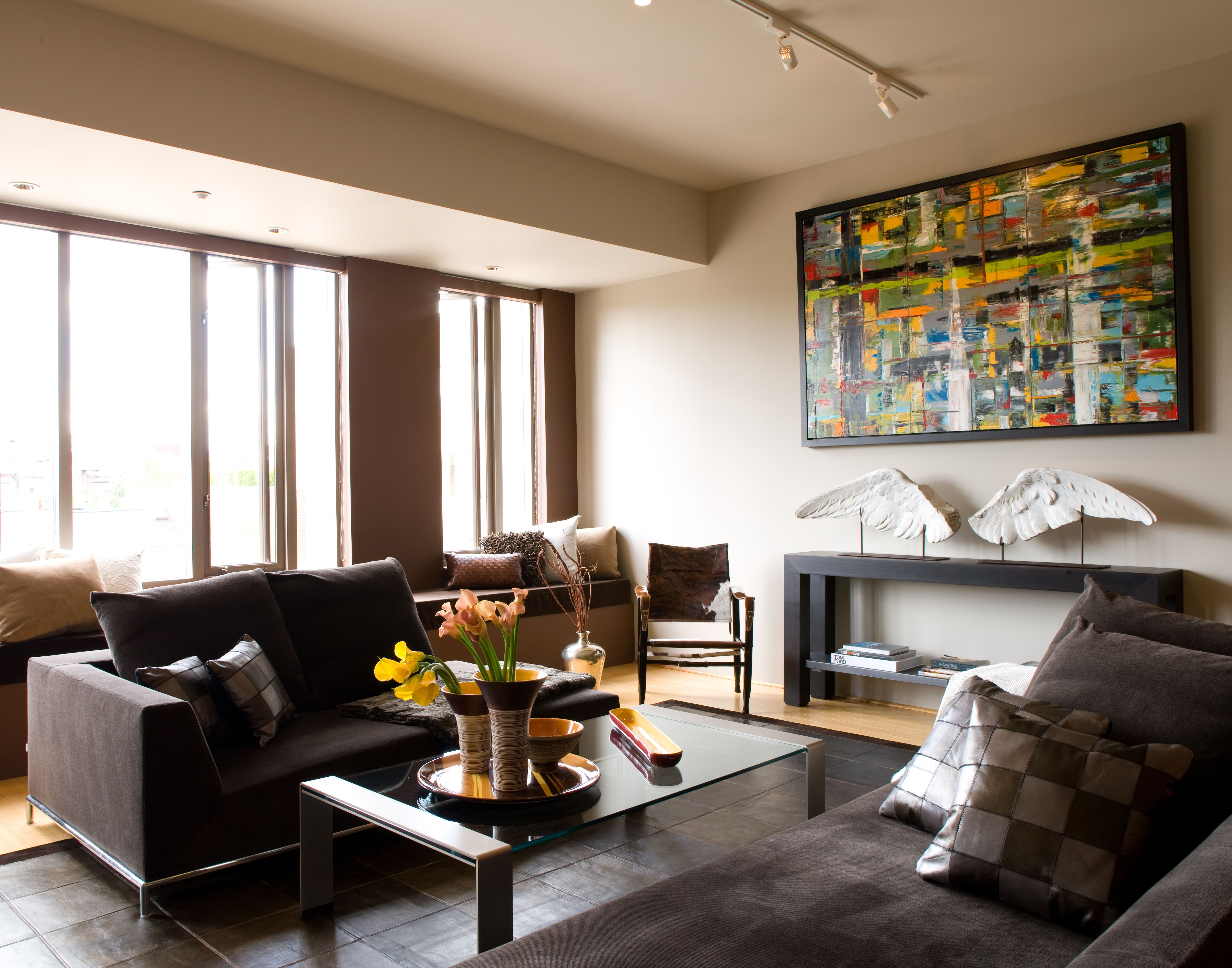 We supply modern stylish sleek and artisanal interior pieces